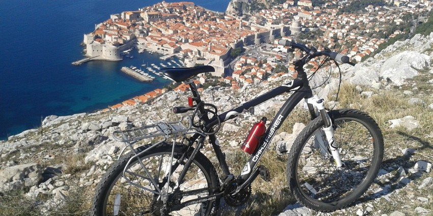 Split – Dalmatian islands – Dubrovnik (and vice versa)