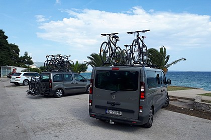 biking-croatia-coast